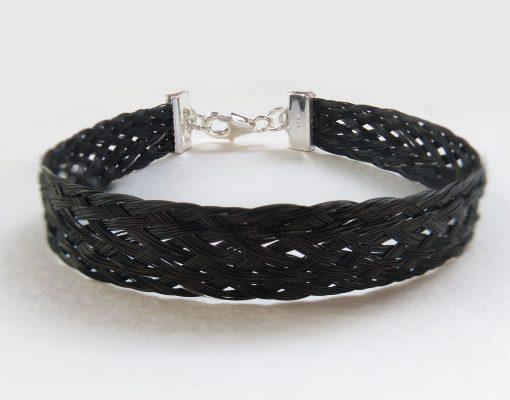 Gemosi-Aurora-Horse-Hair-Bracelet