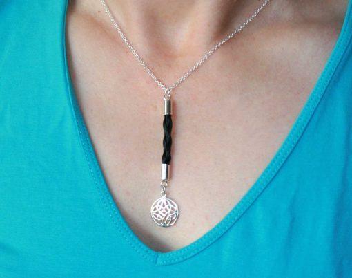 Cara horse hair necklace